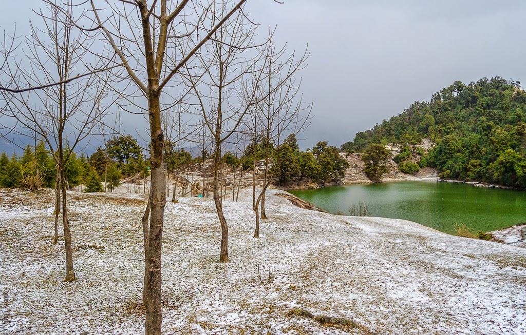 Trek to Devariya tal Uttarakhand in winter