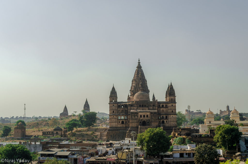 An old hindu temple in Orchha