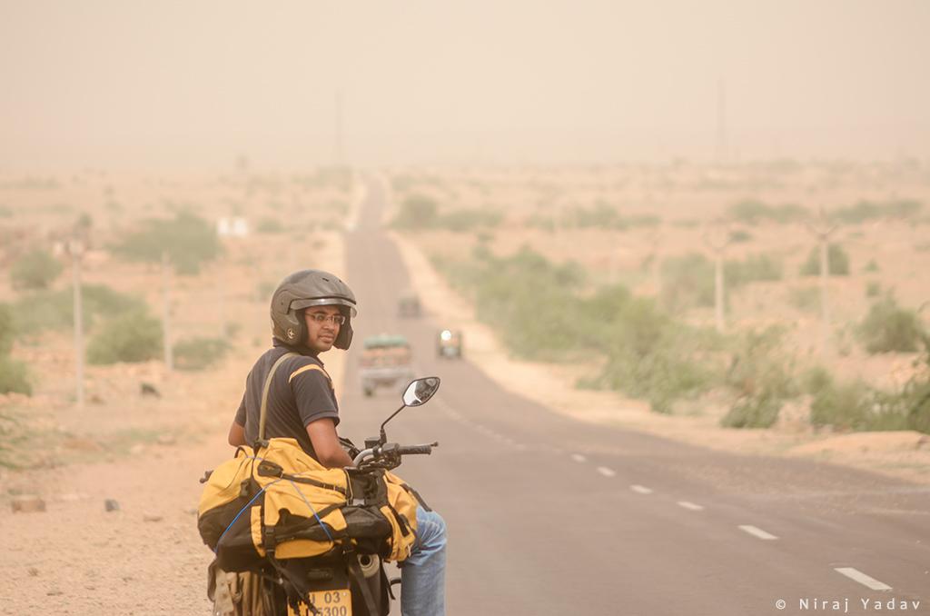 Rajasthan-bike-trip-budgetyatri-Jaisalmer