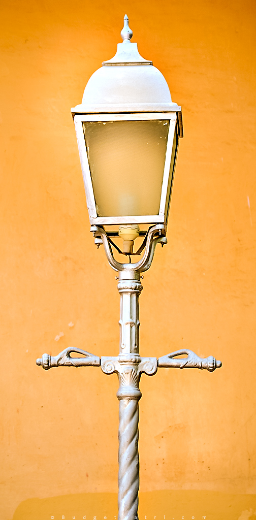 Hawa Mahal beautiful lamp post
